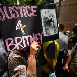 Jueza autoriza a Britney elegir a su propio abogado