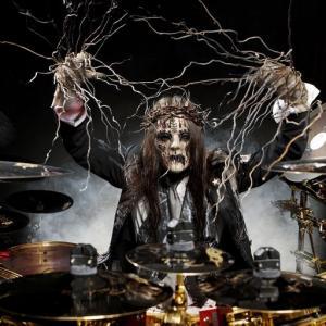 Joey Jordison y su lucha contra la mielitis transversa y las drogas