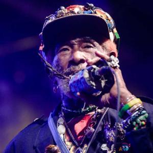 """Lee """"Scratch"""" Perry, pionero del reggae, murió a los 85 años"""